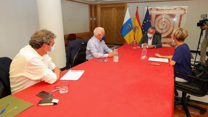 Las ayudas para completar los ERTE llegarán al menos a 30.000 canarios