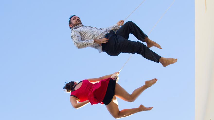 Danza aérea en San Gabriel