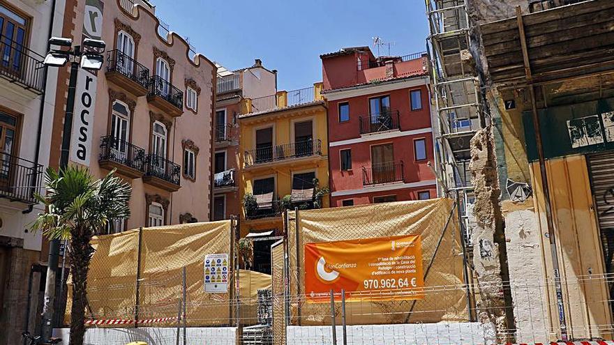 Descartan excavar en la Casa del Relojero por el riesgo para el edificio