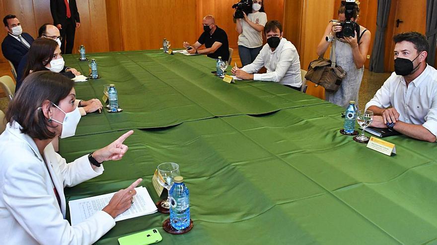 Industria, Asturias y Galicia activan un grupo de trabajo para comprar Alu Ibérica