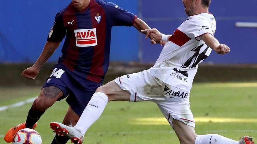 Debut triunfal del Huesca en Primera