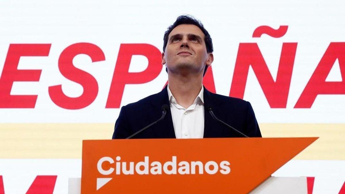 Albert Rivera dimite tras la debacle electoral de Ciudadanos