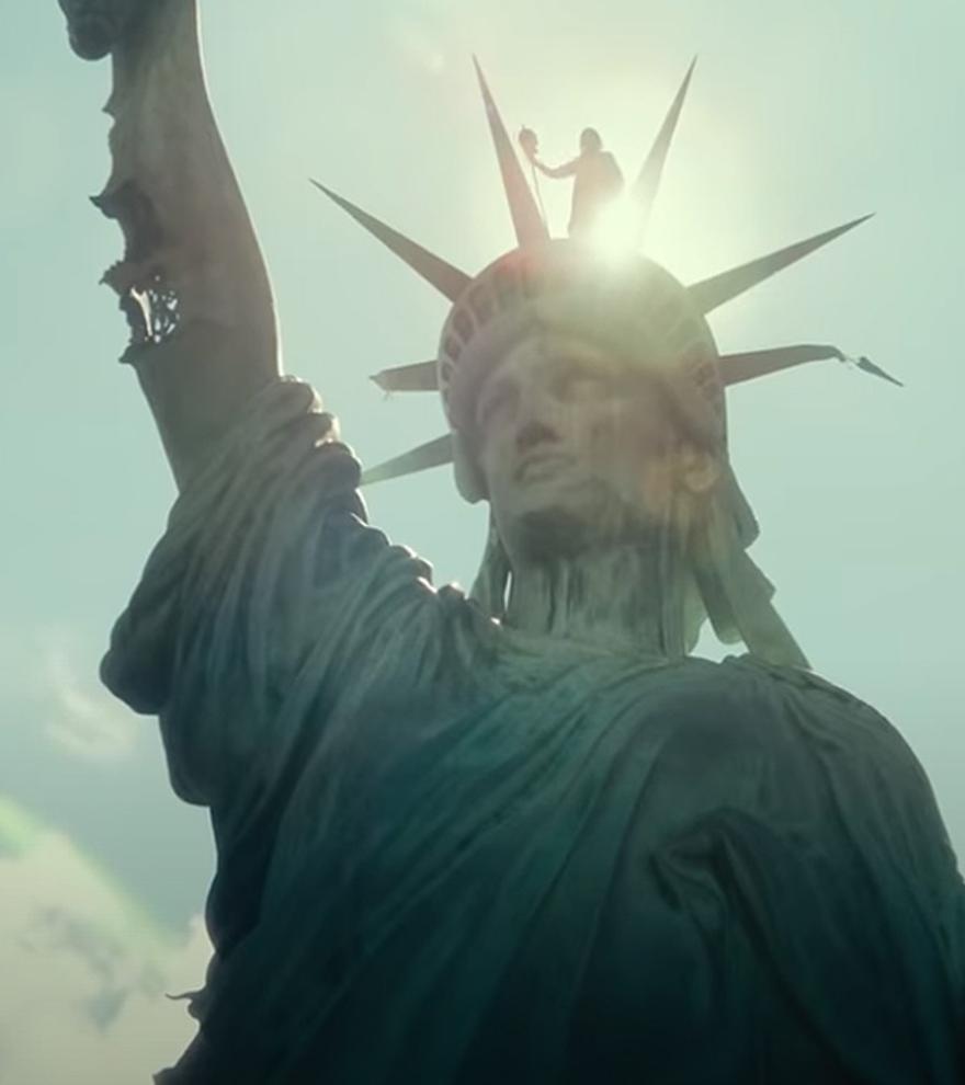 El 'Ejército de los muertos' de Zack Snyder y el thriller 'La mujer en la ventana', en los cines