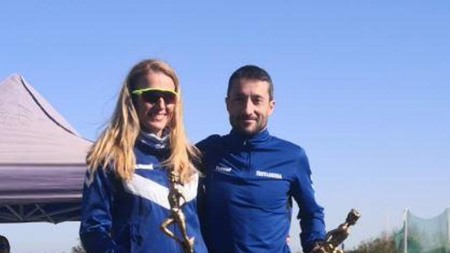 Espinosa y Hernández triunfan en Palma del Río