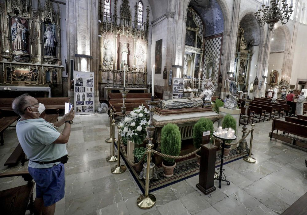 La Virgen yacente de Sant Nicolau.