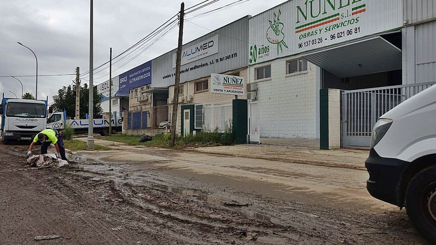Asivalco colabora con la limpieza de las zonas afectadas por las lluvias
