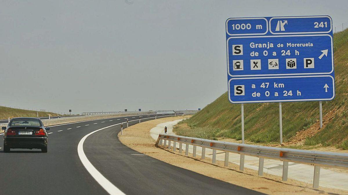 Autovía Ruta de la Plata (A-66) en el tramo Zamora-Benavente.