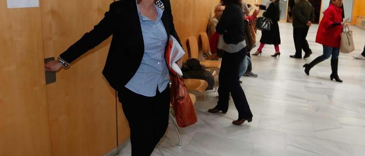 Pilar Varela deja la sala en la que prestó declaración el pasado día 15.