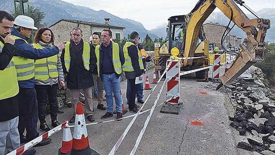 El Consell atribuye a la lluvia y al tráfico el derrumbe de la carretera de Fornalutx