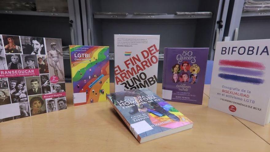 El juez autoriza que los polémicos libros LGTBI de Castelló se pongan a disposición de los alumnos