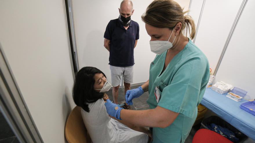 Castellón ya tiene en marcha la vacunación de coronavirus para menores de 12 a 16 años
