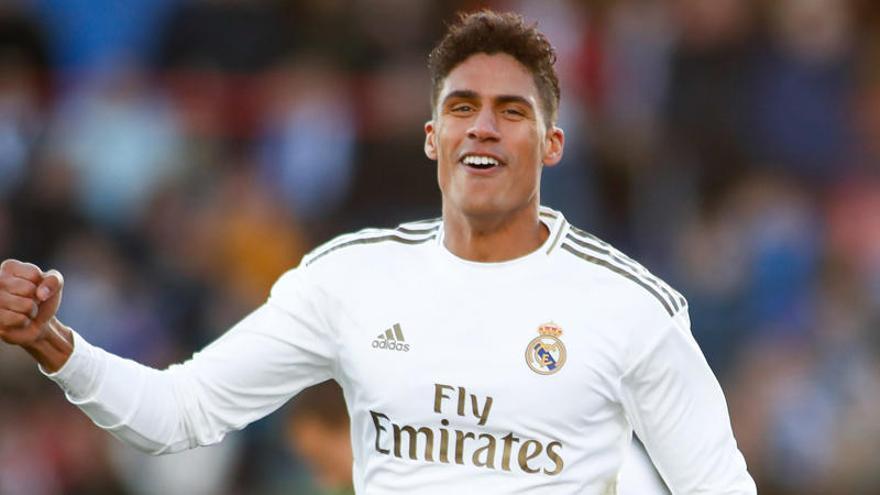 Oficial: Varane abandona el Real Madrid