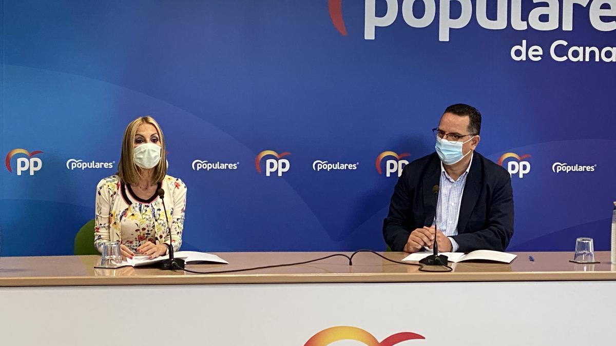 Australia Navarro y Poli Suárez durante la rueda de prensa de este lunes