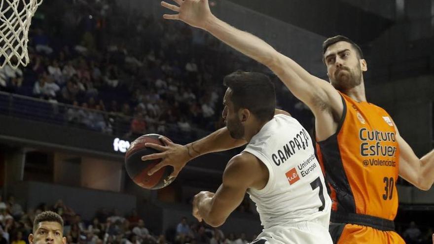 El Real Madrid supera a un combativo Valencia Basket y jugará su octava final consecutiva