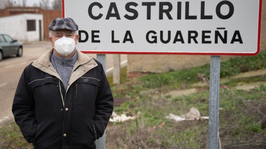 """Castrillo de la Guareña: """"Llegan tarde y aquí ya no hay nada que cerrar"""""""