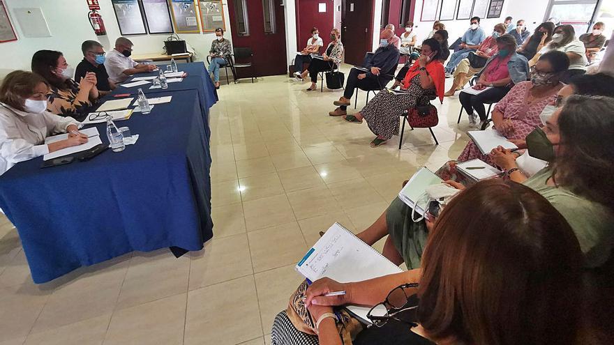 Educación mantiene la suspensión de clases en los municipios afectados por la erupción