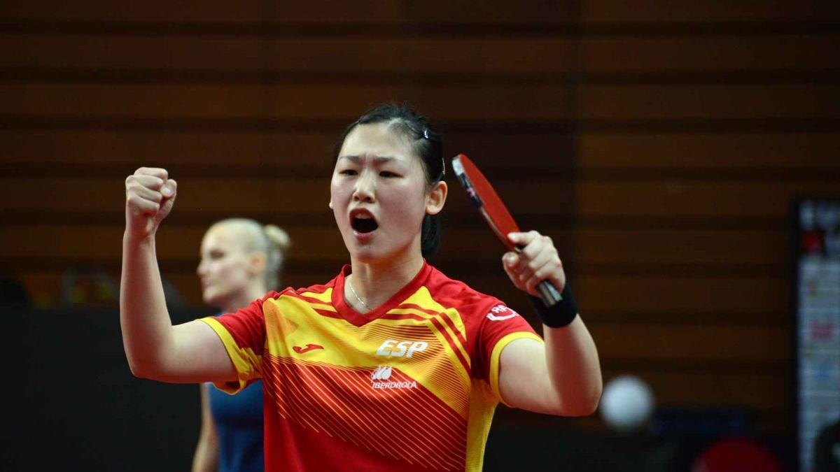 La jugadora española de tenis de mesa María Xiao.