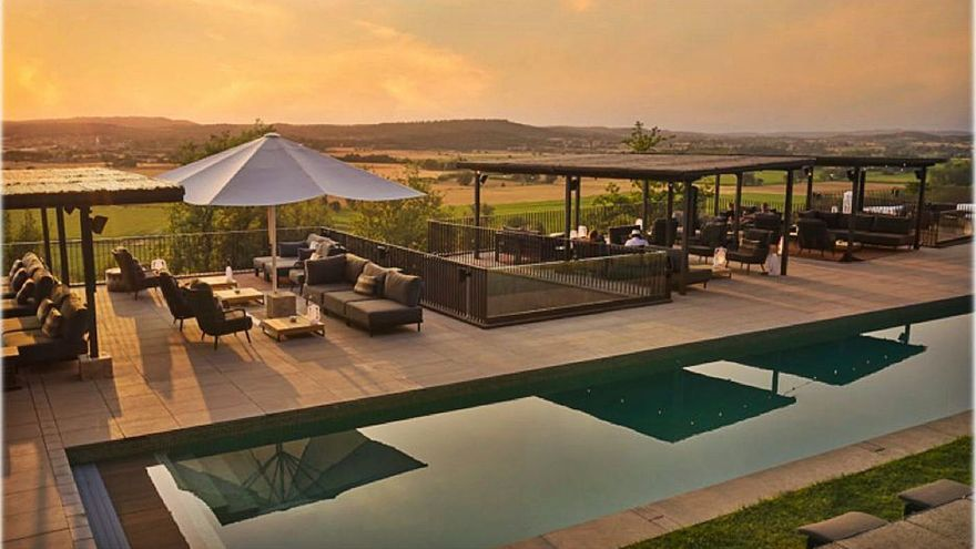 L'Hotel Castell d'Empordà estrena un «chill-out» de luxe amb vistes espectaculars
