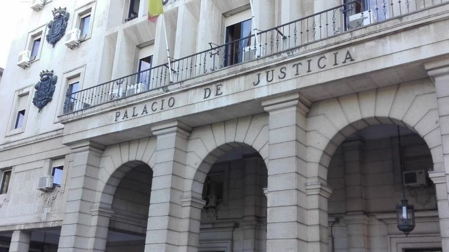 Cinco años de cárcel por abusar de un niño al que daba clases particulares en Sevilla