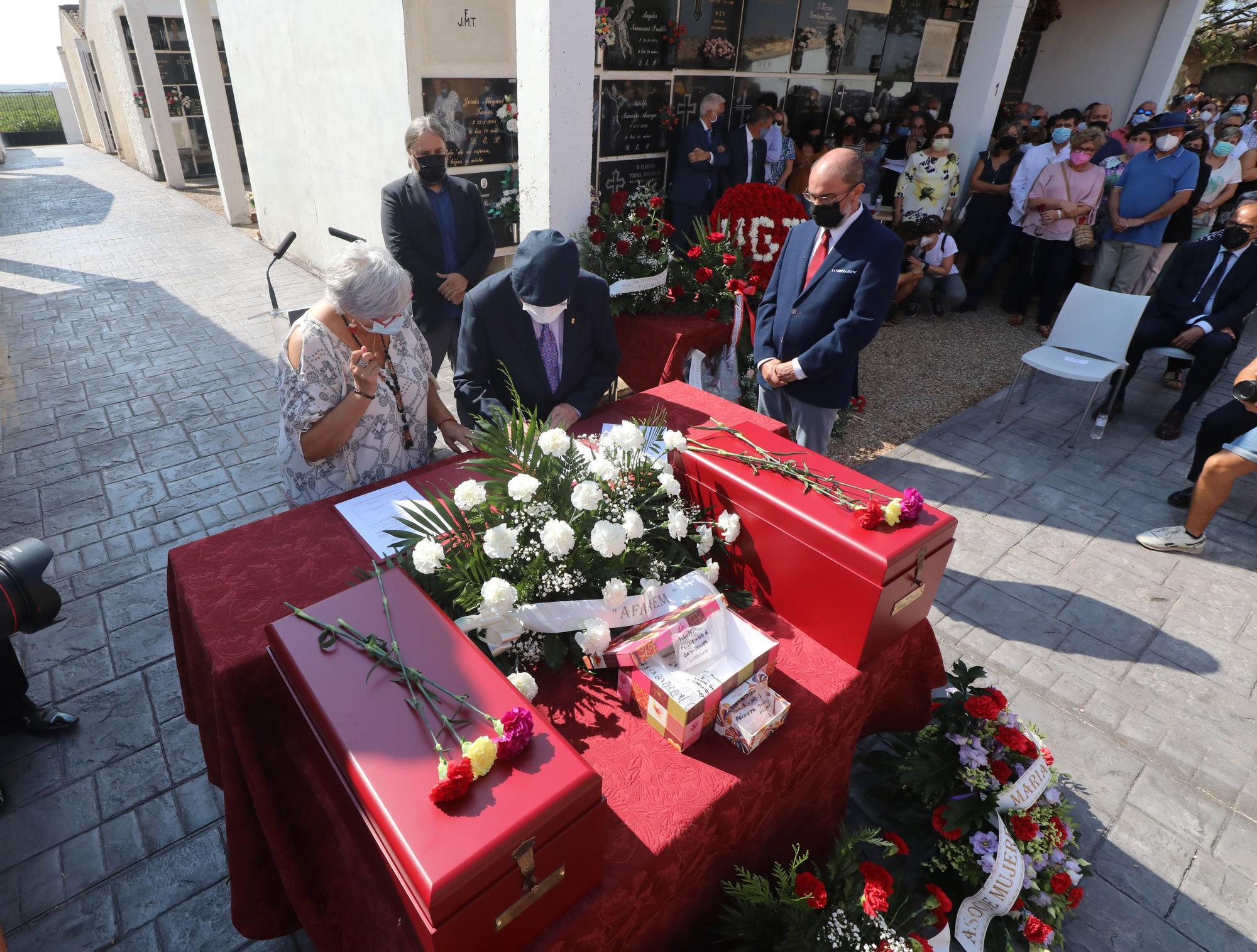 Entierro de los restos de María Domínguez en Fuendejalón