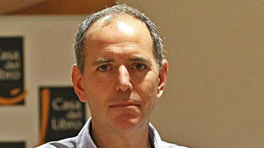 Los economistas gallegos Xavier Labandeira y Santiago Lago asesorarán al Gobierno en la reforma fiscal