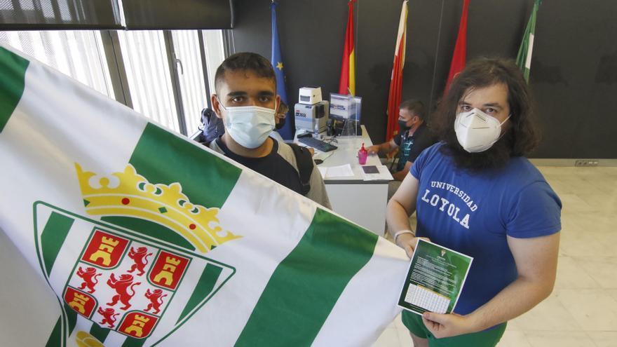 Un primer día de campaña ilusionante en el Córdoba CF