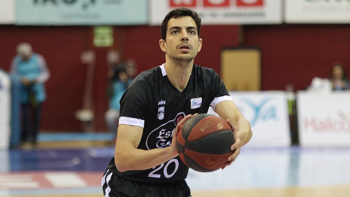 David Navarro, durant un partit de la seva etapa a l'Obradoiro