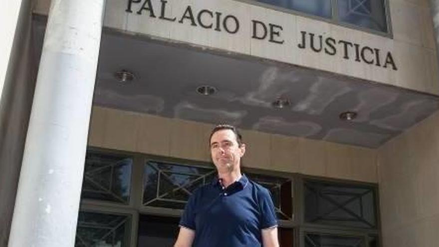 Miguel López abandona el lunes los juzgados de Alicante.