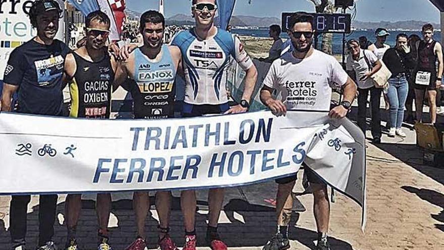 López y Zeekant dominan el Triatlón Ferrer Hotels