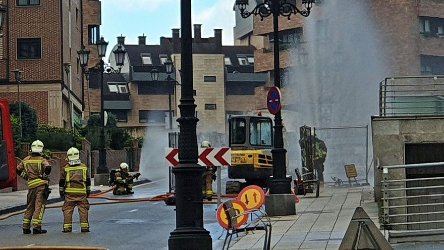 Una fuga de gas aísla a cientos de vecinos de Montecerrao durante más de una hora