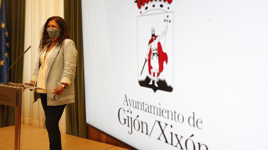 El gobierno local responde a la oposición que está cumpliendo sus compromisos con el plan de vías de Gijón