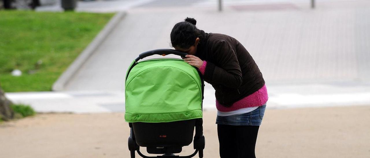 El covid causa el desplome de las adopciones internacionales aunque las nacionales se mantienen