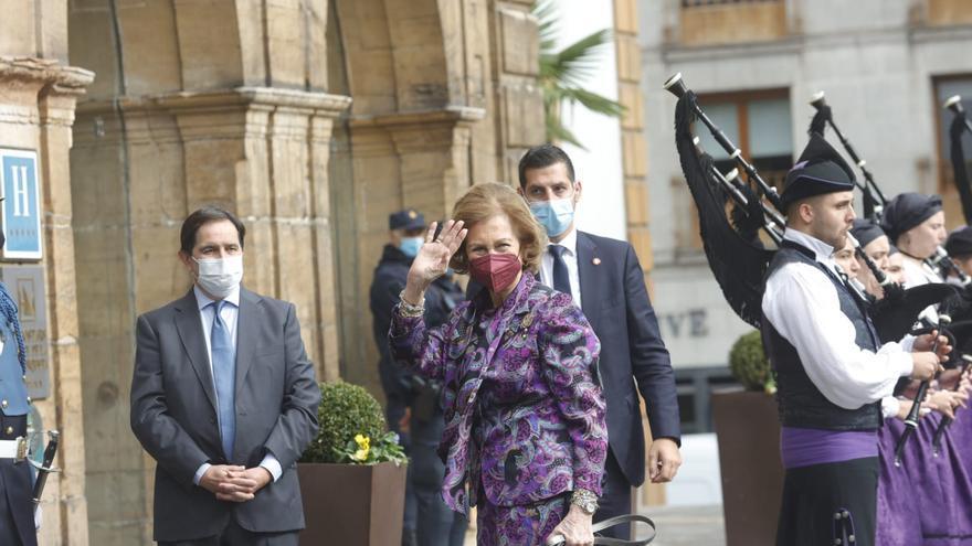La reina Sofía llega al Reconquista