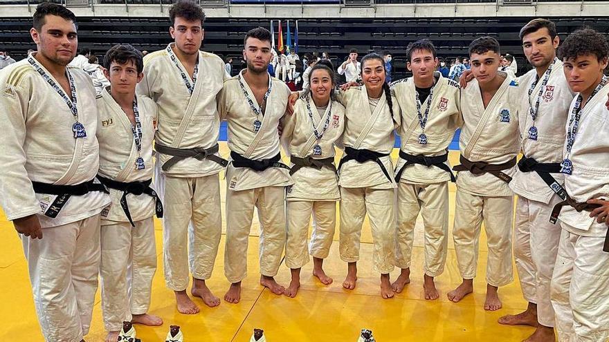 El Avilés logra nueve medallas en el primer Regional tras el covid