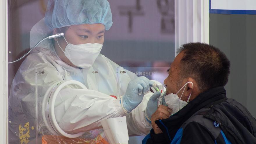 La pandemia de coronavirus supera los 136 millones de casos en el mundo