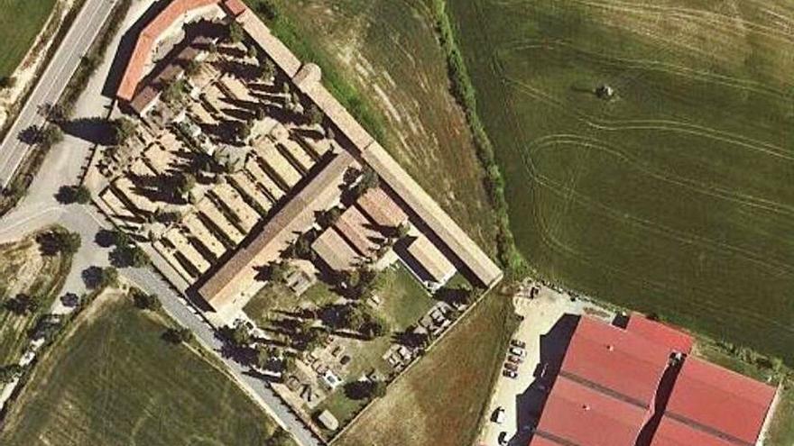 Solsona adquireix un solar de 3.640 m2 que permetrà ampliar el cementiri