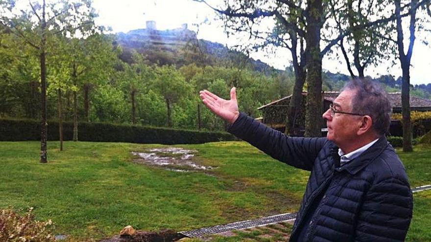Un enoturismo solidario en la bodega de Roberto Verino