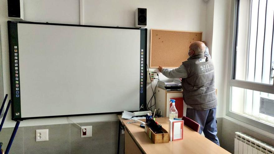 Puesta a punto de los colegios públicos de Almassora