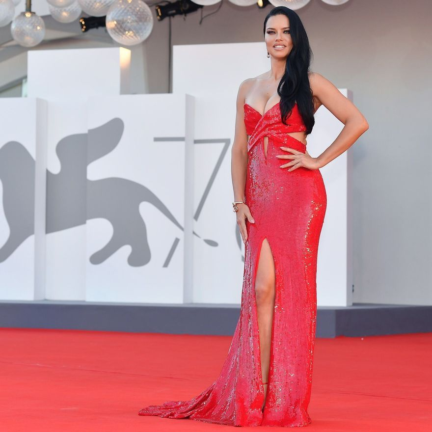 La modelo brasileña Adriana Lima.