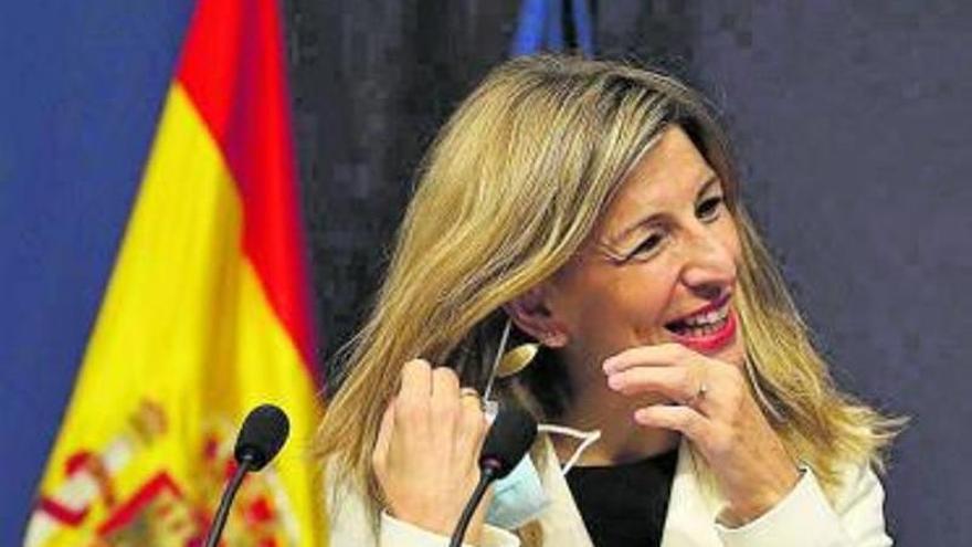 Más de 128.000 parados canarios cobrarán el subsidio único de 452 euros