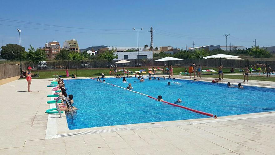 Cuenta atrás para abrir en Castellón las piscinas de verano con un aforo del 75%
