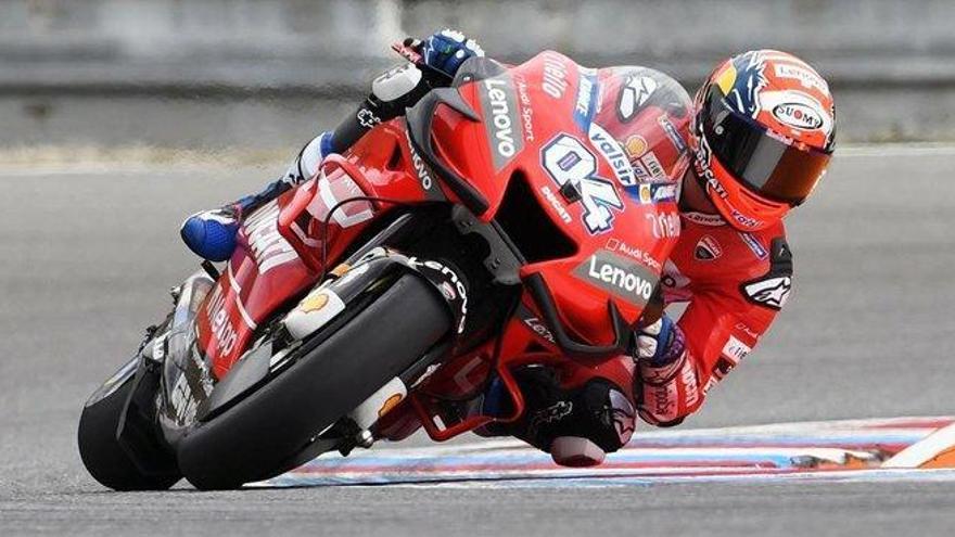 Dovizioso espera sorprender a Márquez en Brno
