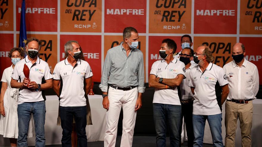 Felipe VI entrega los premios de la Copa del Rey de vela