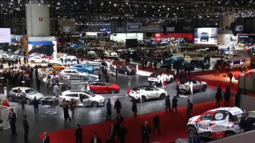 Suiza suspende el Salón Internacional del Automóvil de Ginebra