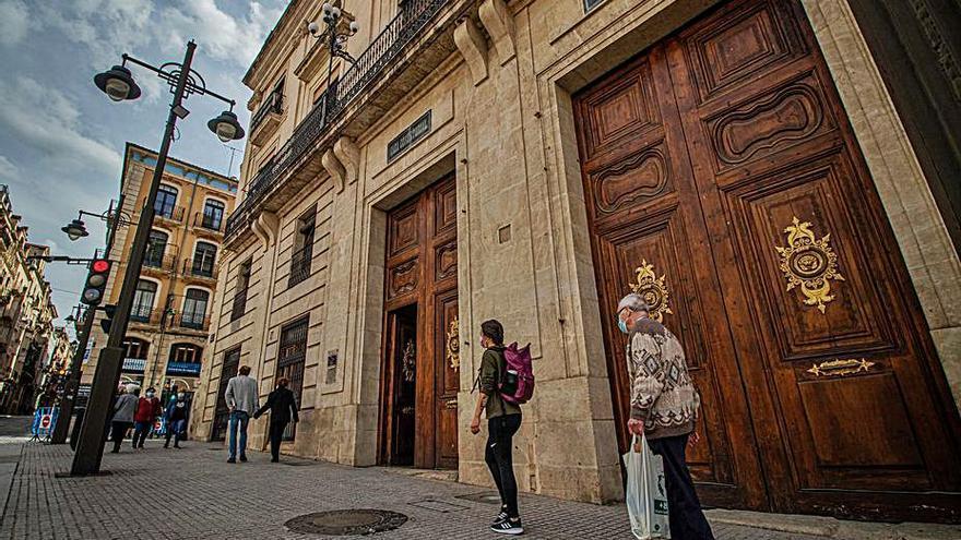 El Ayuntamiento de Alcoy rechaza dar a la oposición libre acceso al Registro