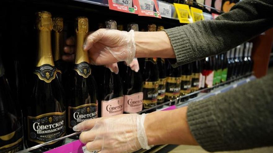 El champán francés, despojado de su denominación en Rusia