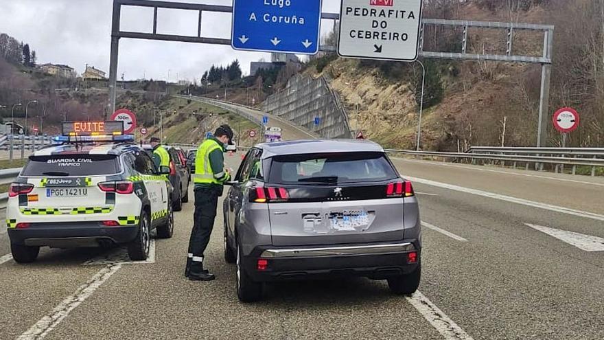Más de 3.500 agentes blindarán Galicia con 2.700 controles para evitar viajes no permitidos