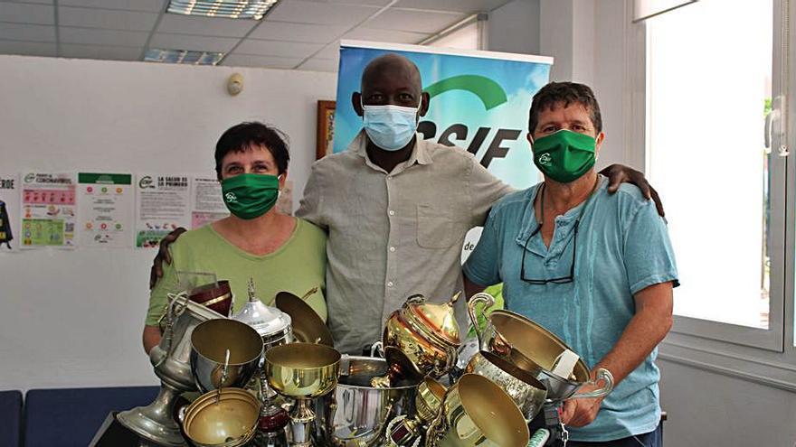 El CSIF colabora con el proyecto Amigo Buba con ordenadores para Senegal