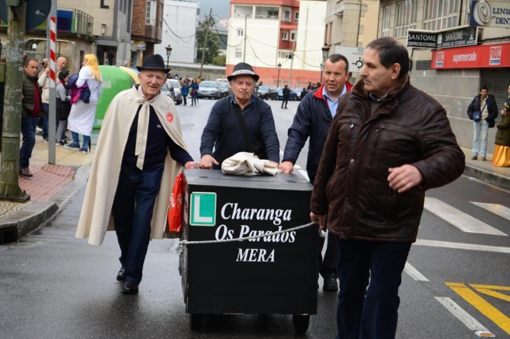 Moaña dice adiós al Entroido con el Enterro da Sardiña