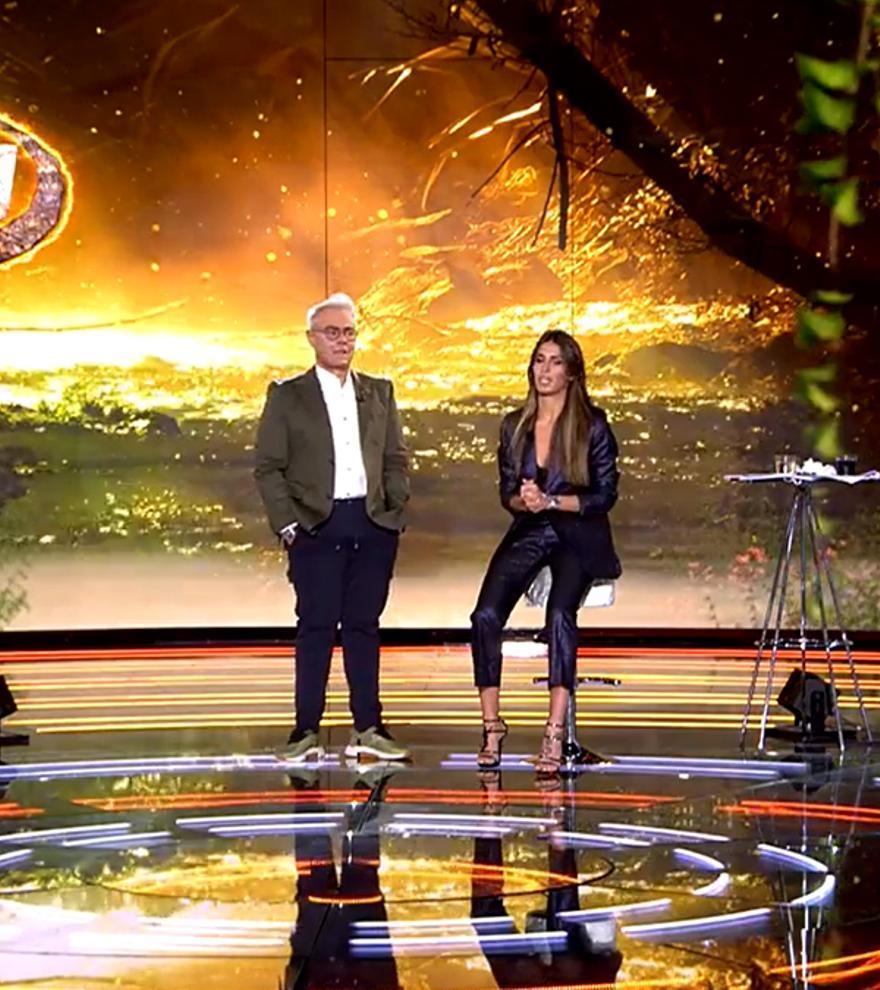 Las reacciones de Rocío Flores y Gloria Camila al ver a Sofía Suescun como presentadora de 'Supervivientes'